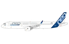 Aviation 200 1:200 Airbus Industries Airbus A321-200 NEO 'House Colours' D-AVXA (AV2042)