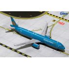 Gemini Jets 1:400 Vietnam Airlines Airbus A321-200 VN-A608 (GJHVN1597)