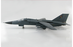 Hobby Master 1:72 Royal Australian Air Force (RAAF) General Dynamics F-111G Aardvark 'Boneyard Wrangler' A8-272 (HA3026)