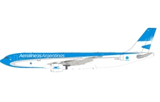 InFlight 200 1:200 Aerolineas Argentinas Airbus A330-200 LV-FNJ (IF332LV0720)
