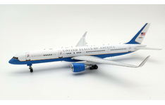 InFlight 200 1:200 United States Air Force (USAF) Boeing C-32A (B757-200w) 99-0003 (IFC32USA01)