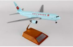 JC Wings 1:200 Air Canada Boeing B767-200 C-FBEG (LH2014)