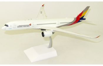 JC Wings 1:200 Asiana Airlines Airbus A350-900 XWB HL7578 (LH2AAR060 / LH2060)