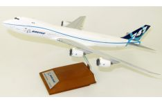 JC Wings 1:200 Boeing Aircraft Company Boeing B747-800F 'House Colours' N747EX (LH2074)
