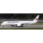 JC Wings 1:200 JAL Japan Airlines Airbus A350-900 XWB 'Flaps Up' JA04XJ (EW2359004)