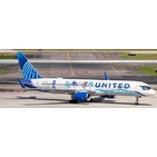 JC Wings 1:200 United Airlines Boeing B757-200w 'Her Art Here: Tsungwei Moo (California)' N14106 (EW2752003)