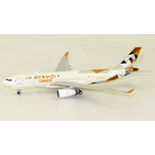 JC Wings 1:400 Etihad Airways Cargo Airbus A330-200F 'New Colours' A6-DCE (XX4103)