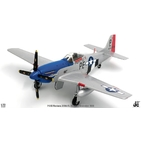 JC Wings Military 1:72 United States Air Force (USAF) North American P-51D Mustang 'Cripes A'Mighty' 328th FS, 352nd FG, 8th AF, PE-P / 414906 (JCW-72-P51-001) with Stand