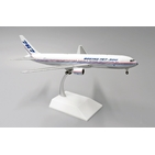 JC Wings 1:200 Boeing Aircraft Company Boeing B767-300 'House Colours' N767S (LH2111)