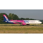 JC Wings 1:400 Wizz Air Airbus A321-200SL '100th Airbus' HA-LTD (LH4113)