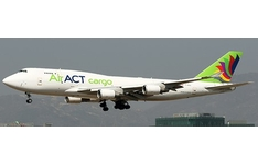 JC Wings 1:400 ACT Airlines Boeing B747-400(BDSF) 'Flaps Down' TC-ACG (LH4245A)