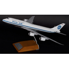 JC Wings 1:200 Pan American World Airways (PanAm) Boeing B747-800i N748PA (XX2856)