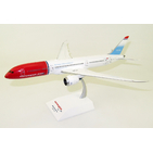 JC Wings 1:200 Norwegian Air UK Boeing B787-900 Dreamliner 'Unicef' G-CKLZ (XX2200)