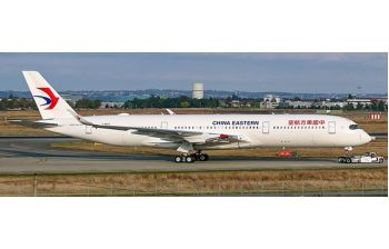 JC Wings 1:400 China Eastern Airlines Airbus A350-900 XWB 'Delivery - Flaps Down' B-304N (JC4CES079A / XX4079A)