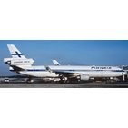 JC Wings 1:200 Finnair McDonnell Douglas MD-11 'Old Colours' OH-LGB (XX2293)