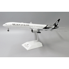 JC Wings 1:200 Air New Zealand Boeing B777-300(ER) 'New Colours' ZK-OKS (XX2303)