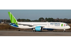 JC Wings 1:200 Bamboo Airways Boeing B787-900 Dreamliner 'Delivery' VN-A819 (XX2427)