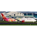 JC Wings 1:400 Juneyao Airlines Boeing B787-900 Dreamliner 'Colourful Petals - Flaps Down' B-20D1 (XX4224A)