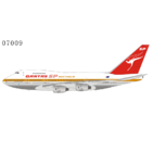 NG Model 1:400 Qantas Airways Boeing B747SP-38 'Delivery' VH-EAA (NG07009)