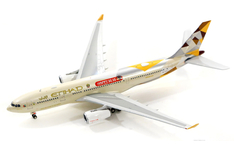 Phoenix Models 1:400 Etihad Airways Airbus A330-200 'Tmall - Happy Global Shopping' A6-EYH (PH11449)